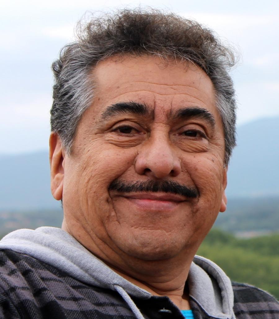 Dr. Arturo Heman